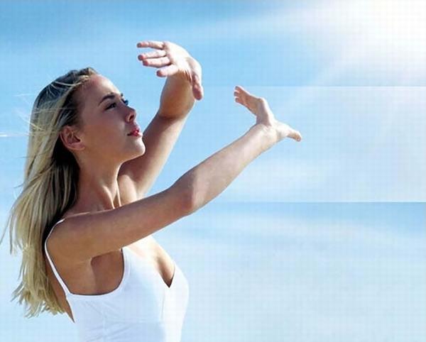 Ánh nắng mặt trời là nguyên nhân chính gây nám râu