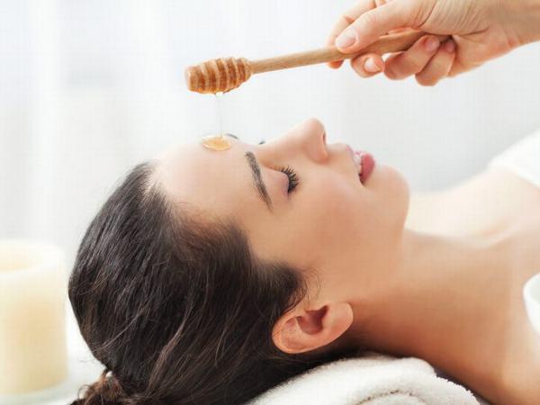 Mật ong có thể là một cách chăm sóc da mặt đẹp lý tưởng tại nhà.
