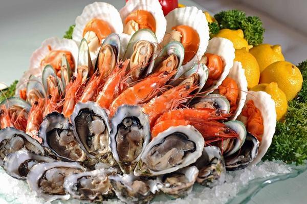 Hải sản là nhóm thực phẩm gây ngứa khiến vết thương lâu lành hơn
