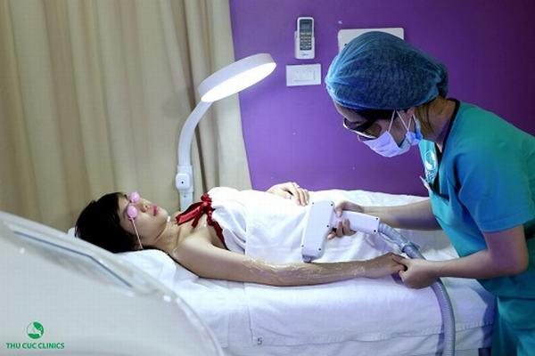 Công nghệ triệt lông Laser Diode sẽ cứu nguy nhanh chóng cho cô nàng rậm lông.