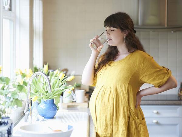 Mụn nhọt có thể xuất hiện nhiều hay ít khi mang thai, tùy vào từng cơ địa mỗi người.