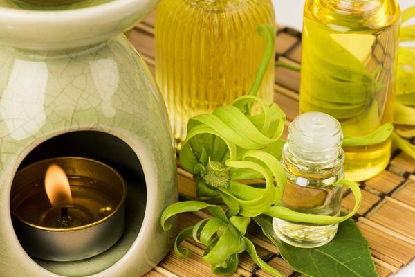 Tinh dầu hoa ngọc lan tây có nhiều lợi ích trong việc làm đẹp mà nhiều người chưa biết.