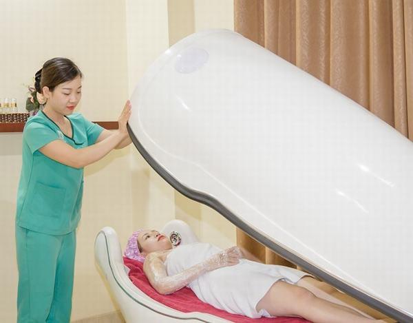 Tắm trắng bằng phi thuyền tại Thu Cúc là phương pháp được nhiều người yêu thích
