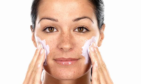Bạn đã nắm rõ những lợi ích cho da nếu thực hiện tẩy tế bào chết đúng cách chưa?