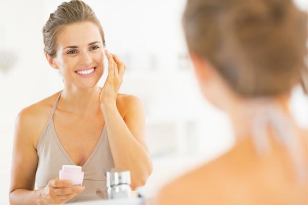 Những lời khuyên sau đây sẽ hữu ích với những ai nghiêm túc trong việc chăm sóc da chuyên nghiệp tại nhà.